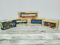Bachmann Electric Train Cars HO Model Train Car Lot 4 - 1 Box AHM Accessories