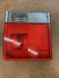 2000 2001 2002 Range Rover Rear Driver Inner Tail Light Lamp Assembly Left 2234D