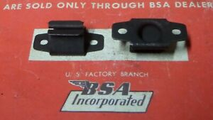 BSA B25 B44 B50 A50 A65 A75 TR25 A75  SIDE PANEL ODDIE STUD CLIPS X2 68-9115