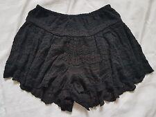 Ladies size 6 Black Billabong Short Shorts