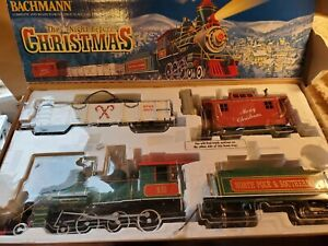 Bachmann Trains G Scale Night Before Christmas w/controller but no track!