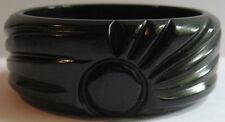 VINTAGE CHUNKY CARVED RAYS BLACK BAKELITE BANGLE BRACELET