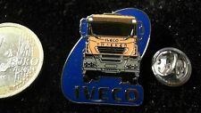 Iveco LKW  Trucks Pin Badge Trakker Truck orange Schriftzug Logo