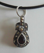 Cut Garnet Pendant Argent .925 Silver .925 Marcasite and Pear Shaped