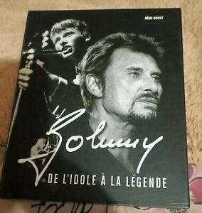 SUPERBE LIVRE JOHNNY HALLYDAY DE L'IDOLE À LA LEGENDE de RÉMI BOUET COMME NEUF!!
