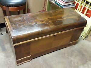 Vintage Cedar Chest Bench Cavalier (46*18*22)