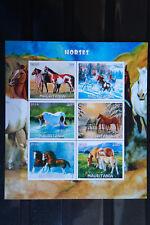 Pferde 20 horses chevaux Tiere animals Fauna sheet Block geschnitten ** MNH