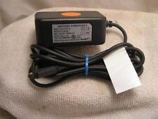 NetBit Cell Phone Charger DSC-51F-52P 100-240V 50/60 Hz 0.2A 5.2VDC 1.0A #137