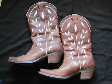 ARIAT SIZE 7B WOMENS LEATHER BOOTS