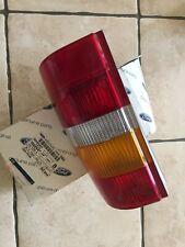 Ford Escort Mk5 van Luz Trasera Lado Derecho Ford original nuevo 1052427