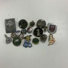 More details for job lots of  badges, pin, cuff links and button holes x19