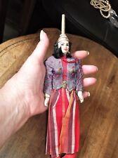 Muñeca Vintage Traje inusual indio Dama Biscuit y Madera Articulado