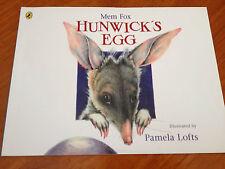 Hunwick's Egg - Mem Fox - Pamela Lofts - Mini Book Collection
