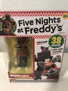 McFarlane Five Nights at Freddy's: Grimm Foxy with Corn Maze FNAF