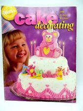 1998 Wilton Cake Decorating Yearbook Disney Sesame Wedding Cakes Christmas Book