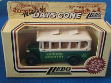 LLEDO DAYS GONE DIECAST FIGURE - LONDON COUNTRY - Dennis Coach - DG10008