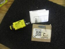 Banner Model: SM2A31RQD Mini-Beam Fiber Sensor.  PN: 26846.   New Old Stock  <