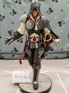 "Assassins Assassin's Creed 2 II Black Edition Ezio Auditore Statue Figurine 8"""