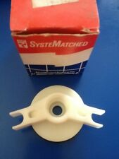 OMC Evinrude Johnson Outboard Cover & Seal Assembly #435543