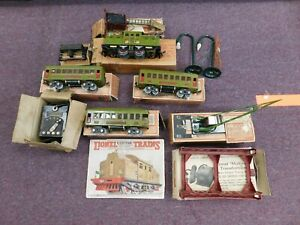 Lionel No. 266 Prewar Passenger Partial Train Set in Boxes w Extras