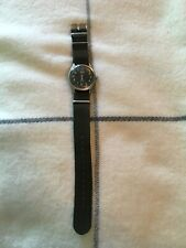 Nice Gents Vintage Hmt Jawan parashock military 17 jewels hand wind watch