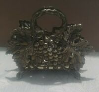 STUDIO SILVERSMITHS GRAPES/Leaves SILVERPLATE NAPKIN HOLDER EXCELLENT CONDITION