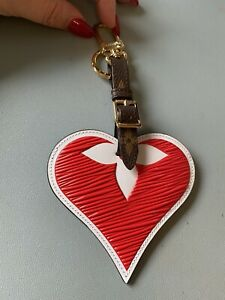 Louis Vuitton Limited Edition Game On Strawberry Heart Luggage Tag