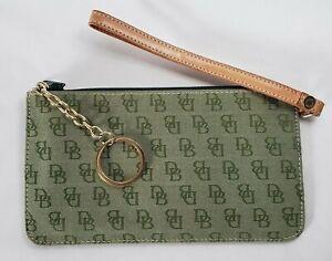 Dooney & Bourke Signature Fabric Wristlet Clutch Wallet Green w/ keychain