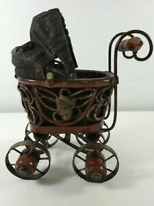 Contempory Wicker Pram For Antique Victorian Dolls - Lot 3