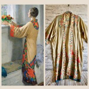 Vintage Antique 1920's Japanese Print Floral Pongee Silk Flapper Robe Kimono