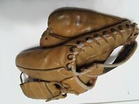 Vintage 1950's Pee Wee Reese Professional Model 5874 Special  Baseball  Glove