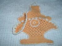 Vtg 40s Goldenrod Yellow Basket Raised Rose Hand Crochet Pot Holder Hot Pad #SFB