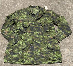 NEW CANADIAN FORCES TW WOODLANDS CADPAT XL COAT SHIRT SIZE 7348