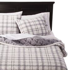 Homthreads - Cody Natural Sherpa Reversible Quilt Set - King - Gray Plaid/ Deer