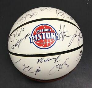 Detroit Pistons 2012-13 Team Signed Basketball Khris Middleton Rookie Auto Bucks