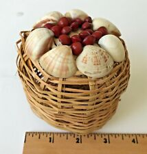 Small Round Wicker Basket With Removable Lid Decorative Shells
