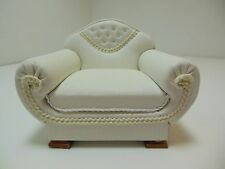 Dollhouse Miniatures Furniture 1/12: 12036wn White Leatherette Chair