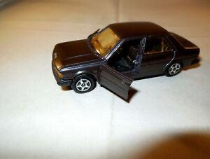 1:43 NOREV Youngtimer PKW Modellauto PEUGEOT 305 GR Limousine 4-türig braun 1:43