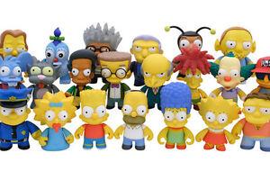 """Kidrobot x Simpsons Series 1 - LISA 3"""" Vinyl Figure Futurama"""
