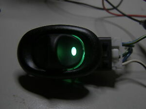 VT/VX/ VY/VZ Holden Commodore Rear Window switches x2 with GREEN LED