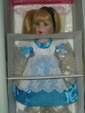 """Marie Osmond """"Alice In Wonderland~ Curtsy To The Queen"""" Le#245/500"""