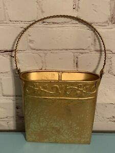 Metal Wall Door Hanging Basket For Cards Flowers Mail Gold Hosley Decoration