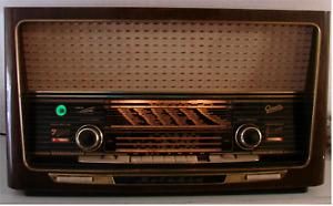 """Antikes Röhrenradio GRAETZ """"Melodia 419"""" mit Schallkompressor"""
