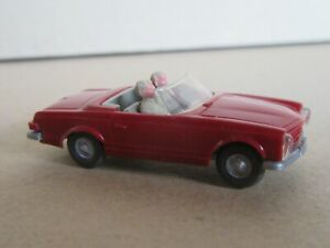134R Wiking 14b Allemagne Mercedes 230 SL W113 Pagode + 2 Figurines Ho 1:87