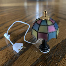 1:12 scale Dollhouse Miniature 12 Volt Tiffany Style Table Lamp