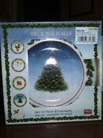 4 DAVID CARTER BROWN SAKURA ONEIDA DECK THE HALLS PLATES CHRISTMAS HOLIDAY 8.25