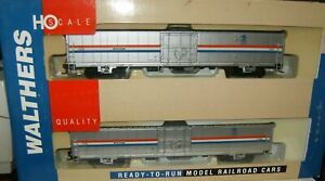 Walthers HO Scale Amtrak-PH III US Mail Material Handling Car 2-Pack 932-26022