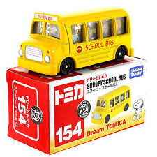 TAKARA TOMY DREAM TOMICA NO. 154 PEANUTS SNOOPY SCHOOL BUS MIB NEW
