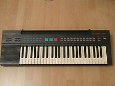 YAMAHA  PSR-8 Portable Keyboard PCM Rhythm 420 Dual Voices Batterie+Netzbetrieb