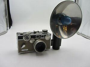 Vintage Argus C3 Brick Camera W/ Flash - Works